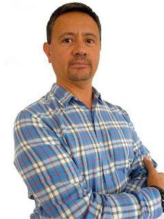 Jorge Xavier Ayala Lopez - RE/MAX Infinity