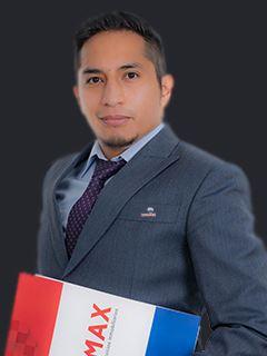 Jonathan Moscoso - RE/MAX Capital
