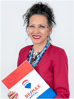 Lilia Cumanda Silva - RE/MAX Capital