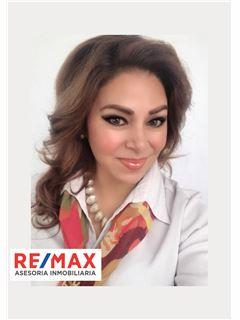 Sonia Chiluisa - RE/MAX Asesoría Inmobiliaria