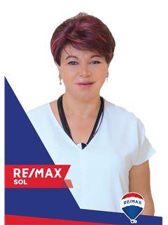 Myriam Brito - RE/MAX Sol