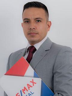 Pablo Correa A - RE/MAX Capital