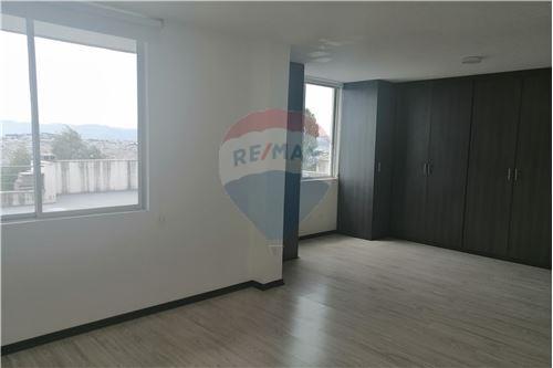 Departamento - De Venta - Quito, Ecuador - 29 - 890191364-22