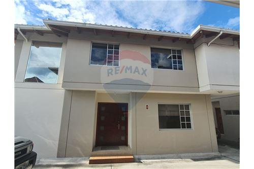 Casa - De Venta - San Pedro De Taboada, Ecuador - 59 - 890091422-9
