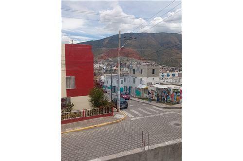 Casa - De Venta - Calderon (Carapungo), Ecuador - 11 - 890321268-8