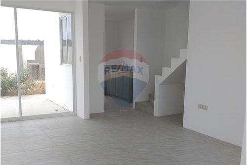 Casa - De Venta - Santa Elena, Ecuador - 9 - 890111247-9