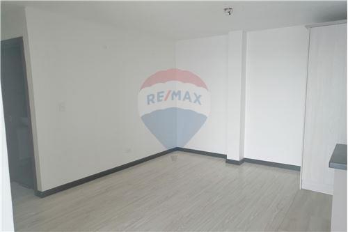 Departamento - De Venta - Quito, Ecuador - 13 - 890191364-22