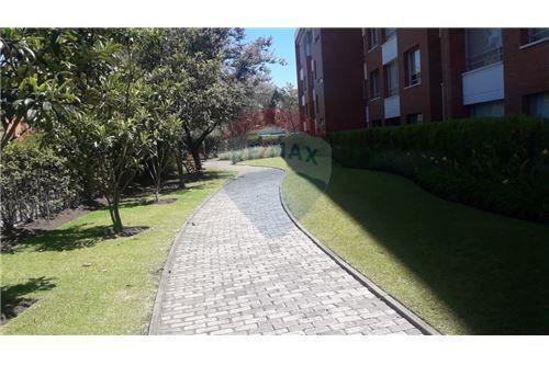 Departamento - De Alquiler - Cumbaya, Ecuador - 42 - 890091422-3