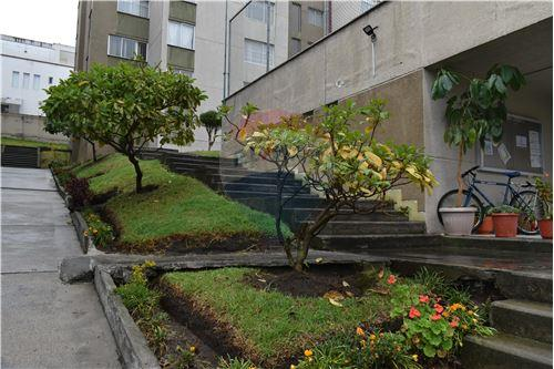 Departamento - De Venta - Quito, Ecuador - 47 - 890551043-11