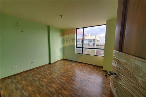Casa - De Venta - Manta, Ecuador - 21 - 890351041-22