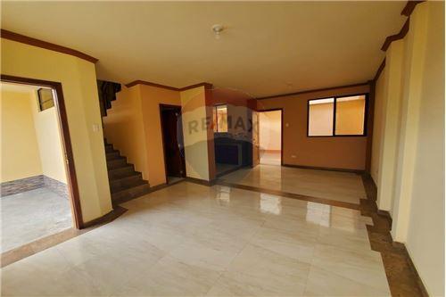 Casa - De Venta - Manta, Ecuador - 13 - 890351041-22
