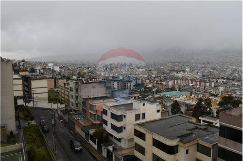 Departamento - De Venta - Quito, Ecuador - 52 - 890551043-11