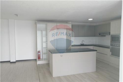 Departamento - De Venta - Quito, Ecuador - 7 - 890191364-22