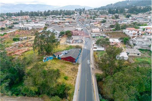 Terreno - De Venta - Llano Chico, Ecuador - 10 - 890091480-1