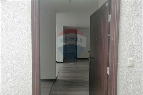 Departamento - De Venta - Quito, Ecuador - 38 - 890191364-22