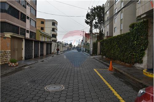 Departamento - De Venta - Quito, Ecuador - 44 - 890551043-11