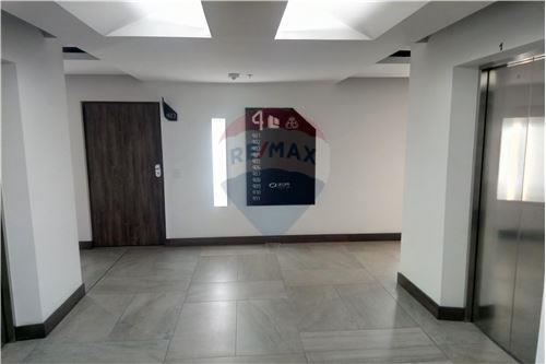 Oficina - De Venta - Iñaquito, Ecuador - 42 - 890091346-23