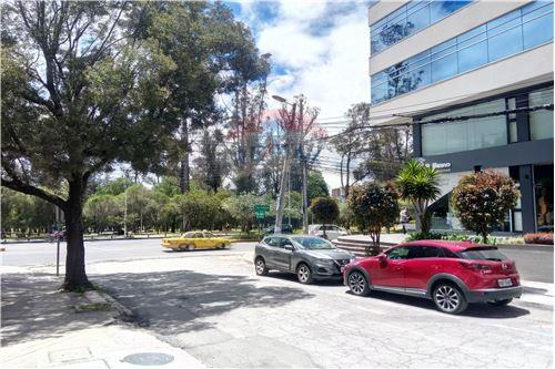 Oficina - De Venta - Iñaquito, Ecuador - 34 - 890091346-23