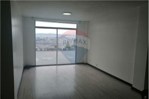 Departamento - De Venta - Quito, Ecuador - 19 - 890191364-22