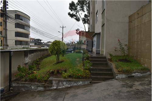 Departamento - De Venta - Quito, Ecuador - 45 - 890551043-11