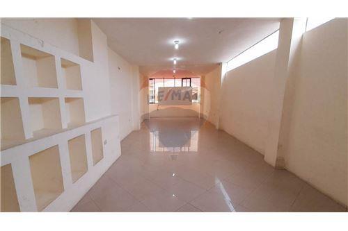 Oficina - De Alquiler - Machala, Ecuador - 6 - 890481039-12