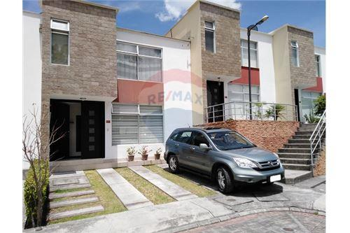 Casa De Venta Alangasi Ecuador 890451049 5 Remax Ecuador