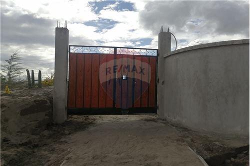 Terreno - De Venta - Tocachi, Ecuador - 26 - 890091433-9