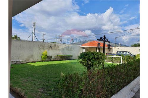 Casa - De Venta - San Pedro De Taboada, Ecuador - 61 - 890091422-9