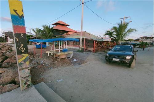 Terreno - De Venta - Mompiche, Ecuador - 21 - 890091244-77