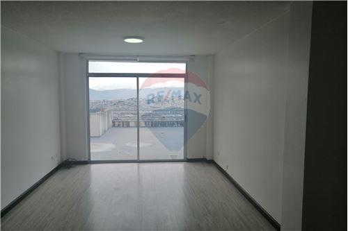 Departamento - De Venta - Quito, Ecuador - 12 - 890191364-22