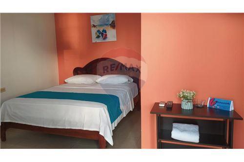 Hotel - De Venta - Machalilla, Ecuador - 88 - 890391120-19