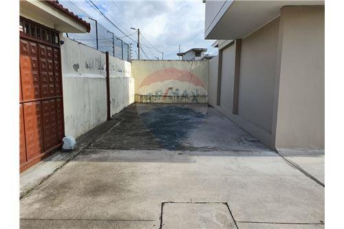 Casa - De Venta - San Pedro De Taboada, Ecuador - 63 - 890091422-9