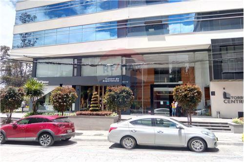 Oficina - De Venta - Iñaquito, Ecuador - 33 - 890091346-23