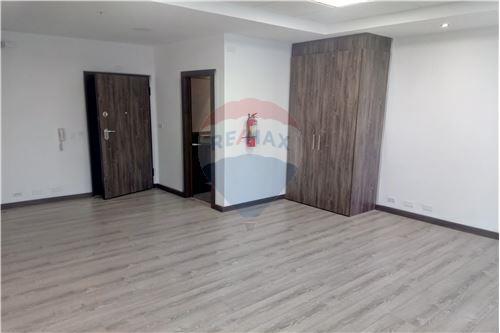Oficina - De Venta - Iñaquito, Ecuador - 40 - 890091346-23