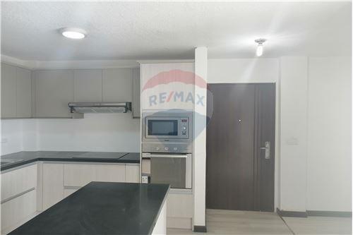 Departamento - De Venta - Quito, Ecuador - 2 - 890191364-22