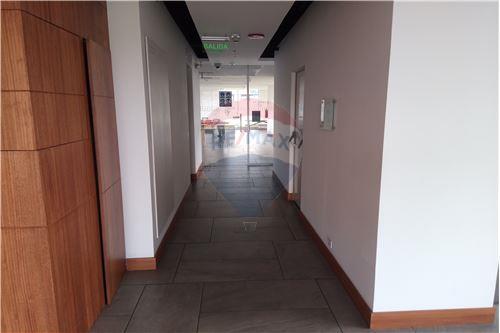 Oficina - De Venta - Iñaquito, Ecuador - 55 - 890091346-23