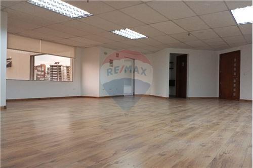 Oficina - De Alquiler - Iñaquito, Ecuador - 12 - 890601010-10