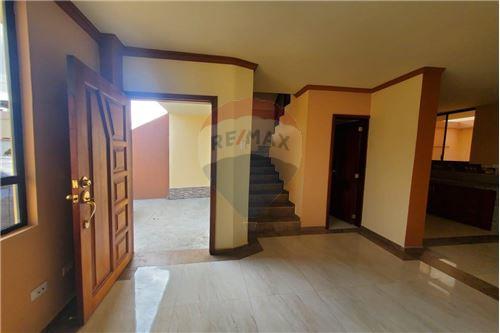 Casa - De Venta - Manta, Ecuador - 12 - 890351041-22