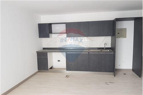 Departamento - De Venta - Iñaquito, Ecuador - 4 - 890301083-637