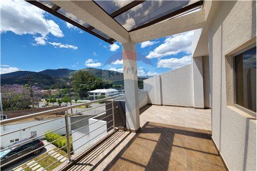 Casa - De Venta - Quito, Ecuador - 46 - 890321250-43