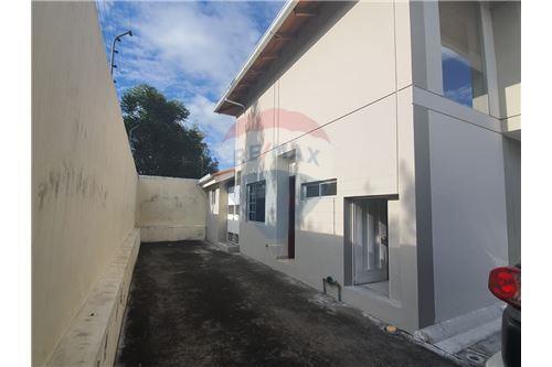 Casa - De Venta - San Pedro De Taboada, Ecuador - 55 - 890091422-9