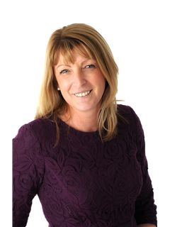 Broker/Vlasnik - Margaret Fogarty - Auctioneers | Estate Agents | Remax