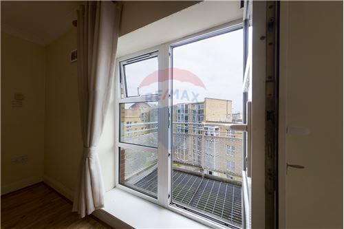 Condo/Apartment  - For Sale - Smithfield, Dublin 7 - Balcony  - 90561015-865