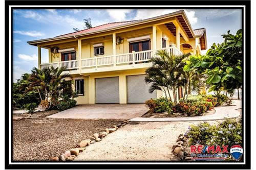 Villa For Sale, 4 Bedrooms located at Hopkins, Stann Creek District, Belize  | Caribbean & Central America