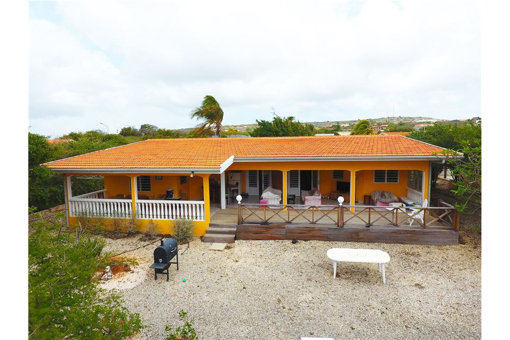 House For Sale, 4 Bedrooms located at Kaya Krisolito 79 Santa Bárbara,  Bonaire, Bonaire | Caribbean & Central America