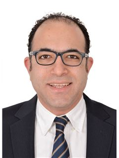 Wael Kamal - RE/MAX EVEREST - ريـ/ـماكس إفيرست
