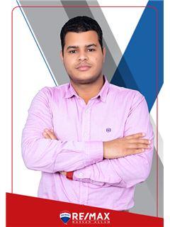 Elsayed Ahmed - RE/MAX Hassan Allam - ريـ/ـماكس حسن علام