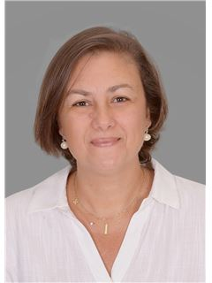 Shereen Rushdy - RE/MAX Capital Properties