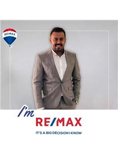 Gaber Mohamed - RE/MAX RE Advisor - ريـ/ـماكس ري ادفيزر