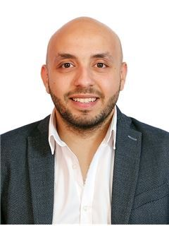 Ahmed Tamem - RE/MAX ALMOHAGER I -  l ريـ/ـماكس المهاجر